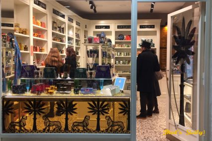 That's Sicily shopping, scents, perfumes, candles and beauty products